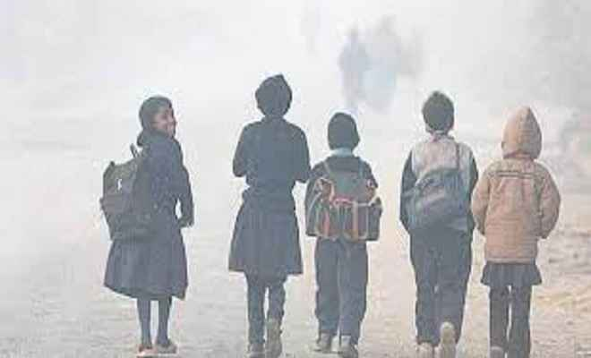 उप्र: पारे में गिरावट, लखनऊ में 20 तक स्कूल बंद