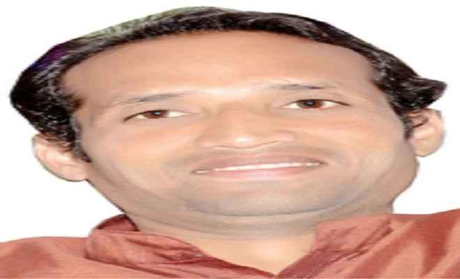 अपनों से घिरी केन्द्र सरकार : सुधांशु द्विवेदी