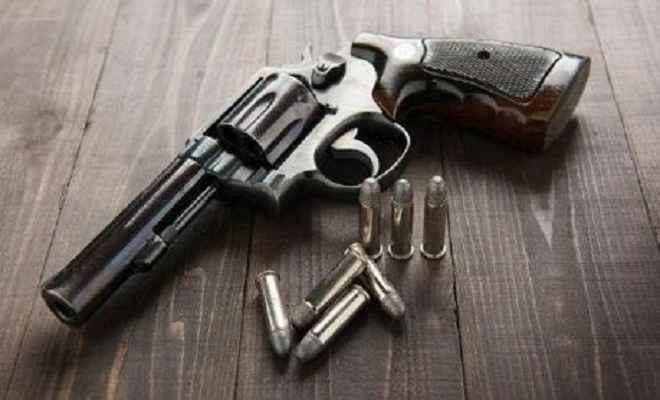 भाजपा नगरसेवक हिंगे के खिलाफ मारपीट व अवैध हथियार रखने का मामला दर्ज