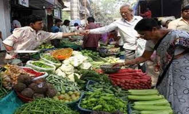 महंगाई दर हुई कम, सब्जियां हुई सस्ती, खाना-पीना सस्ता
