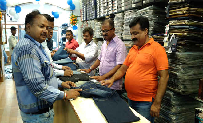 गुड न्यूज: मोतिहारी में खुला ट्रिगर का एक्सक्लूसिव शो रूम, अन्य प्रमुख ब्रांडों के मेन्स वियर की पूरी रेंज