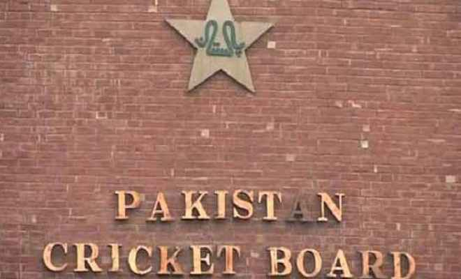 पाकिस्तानी कप्तान को मिली फिक्सिंग की पेशकश, पीसीबी को दी जानकारी