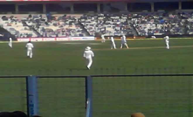 कोलकाता टेस्ट : भारत की दमदार वापसी, शतक से चूके धवन