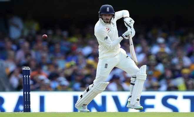 एशेज : पहले दिन इंग्लैंड ने 4 विकेट पर 196 रन बनाए