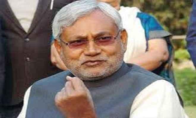 नीतीश कुमार ने 'दहेज मुक्ति जागरूकता रथ' को किया रवाना