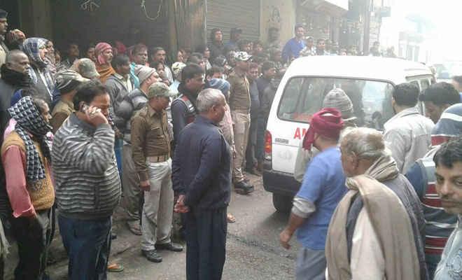 समस्तीपुर में शॉर्ट सर्किट से घर में लगी आग, एक की परिवार के चार झुलसे