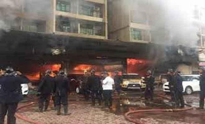 सुजूकी के शो रूम में लगी आग, 40 बाइक जल कर राख
