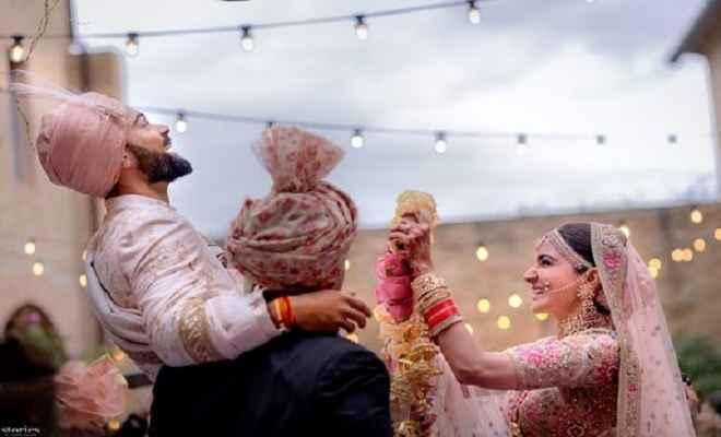 अनुष्का से शादी की फोटो जारी कर विराट ने कहा, 'हम सदैव प्रेम के बंधन में बंधे रहेंगे'