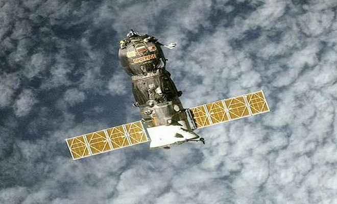 अंतर्राष्ट्रीय अंतरिक्ष स्टेशन में 5 महीने रह कर वापस लौटे 3 अंतरिक्ष यात्री
