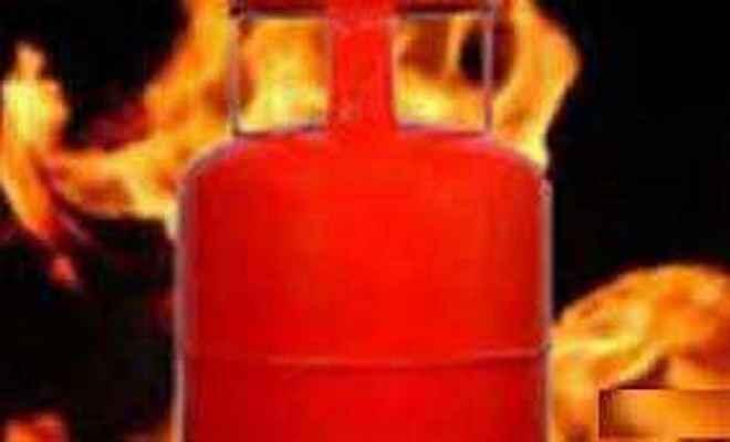 सहरसा में गैस लिकेज से दो छात्रों की मौत