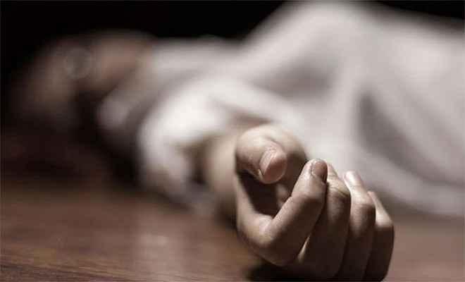 महिला ने की आत्महत्या
