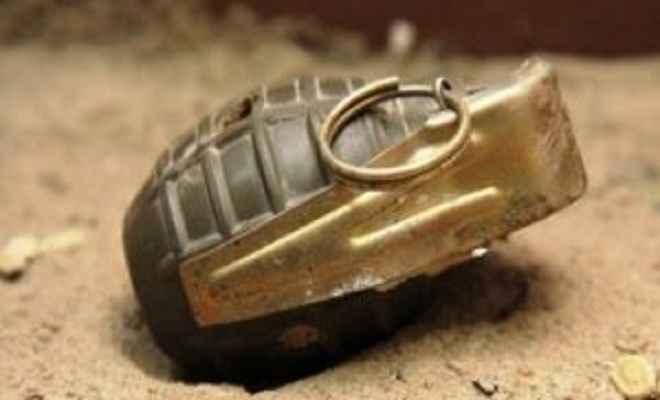 बिहार के अररिया जिले में 2 बम बरामद