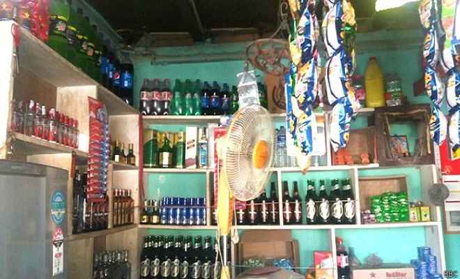 नेपाल में नई शराब नीति लागू, बेचने व परोसने के नियमों में बदलाव