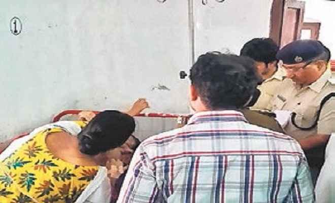 बिहार : सीवान में चाची और गोपालगंज में सौतेली मां ने खेला तेजाबी खेल, बेटी समेत तीन झुलसीं
