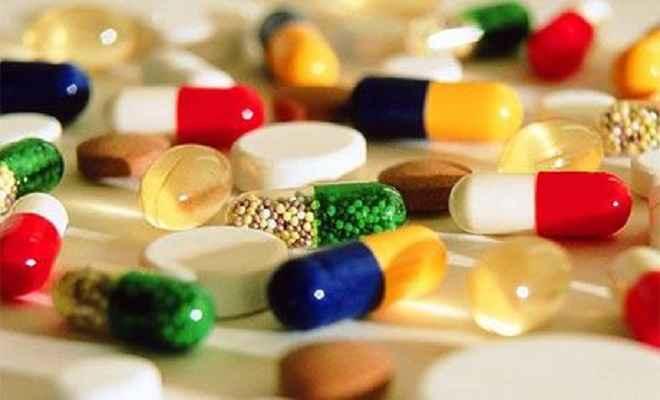 प्रतिबंधित दवाओं और खांसी की दवा का नशे के रूप में हो रहा है सेवन