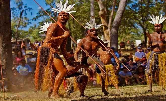 सुविधाओं से वंचित हैं आदिवासी ग्रामीण