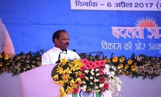 आर्थिक विकास को गति देगा गंगा पर बनने वाला पुल : रघुवर