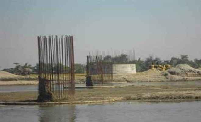 सात वर्ष में भी नहीं बन पाया भारत-नेपाल सीमा पर पुल