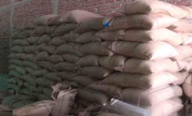 पीडीएस के चावल की कालाबाजारी मामले में प्राथमिकी दर्ज