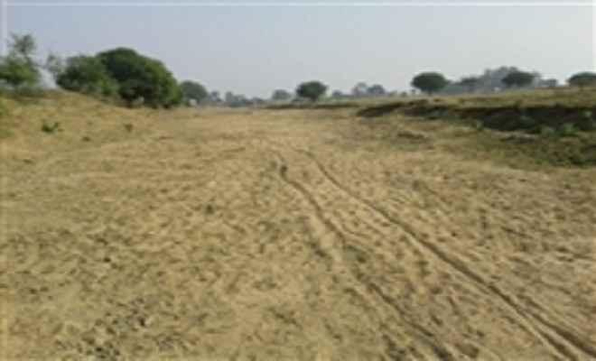 सूख गई विशुनपुरा की बांकी नदी