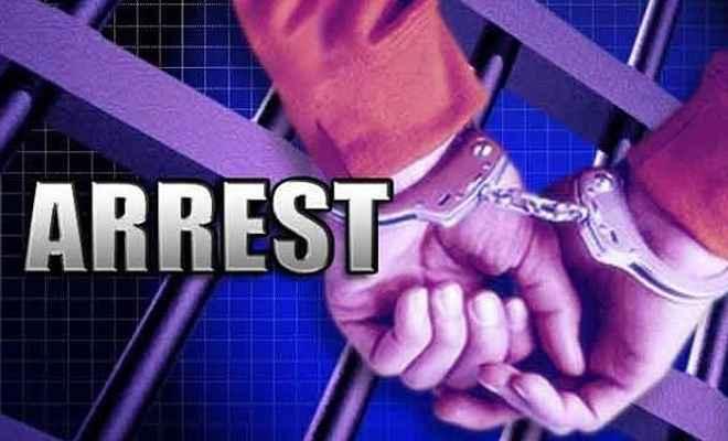 नाबालिग से बलात्कार, तीन गिरफ्तार
