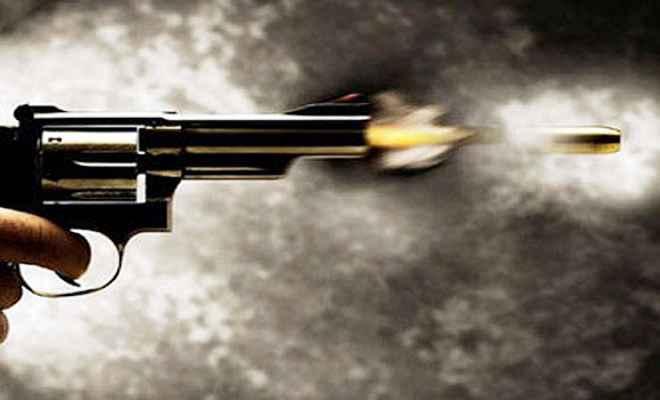 गोलीबारी में युवक को लगी गोली