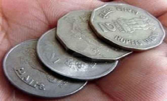 बिना सरकारी आदेश के बाजार में बंद हुए एक व दो के सिक्के