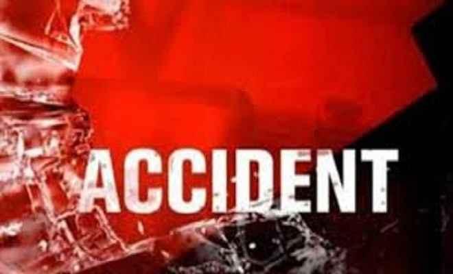 सड़क दुर्घटना में दो घायल, एक गंभीर