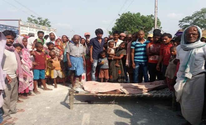 मुजफ्फरपुर में पिकअप की ठोकर से मछली व्यवसायी की मौत, लगाया जाम