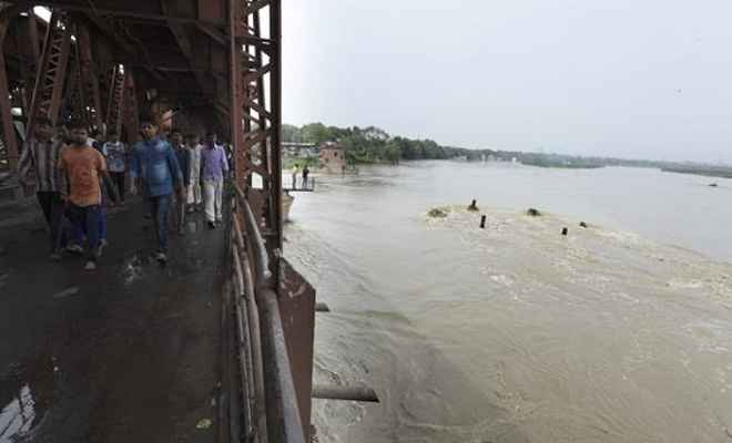 नदी में डूबने से तीन की मौत