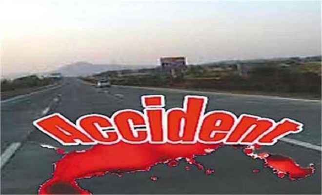 सड़क दुर्घटना में बाल-बाल बचे डीडीसी