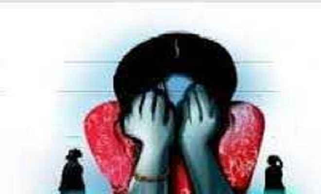 मधेपुरा में युवती को बोलेरो से उठा ले गए बदमाश, माँ ने जताई हत्या व बेचने की आशंका