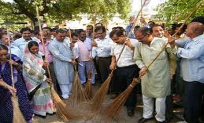 सफाई के लिए शहरी स्वच्छता कार्य बल गठित