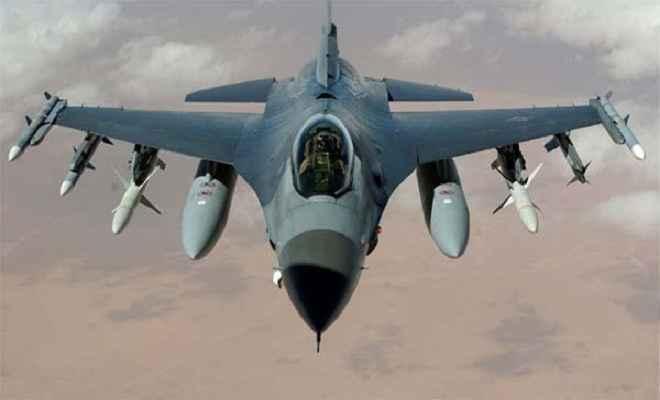 अमेरिकी जेट ने सीरियाई लड़ाकू विमान को मार गिराया