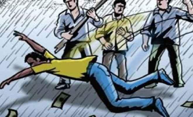 बलात्कारी व हत्यारे को लोगों ने पीट-पीट कर मार डाला