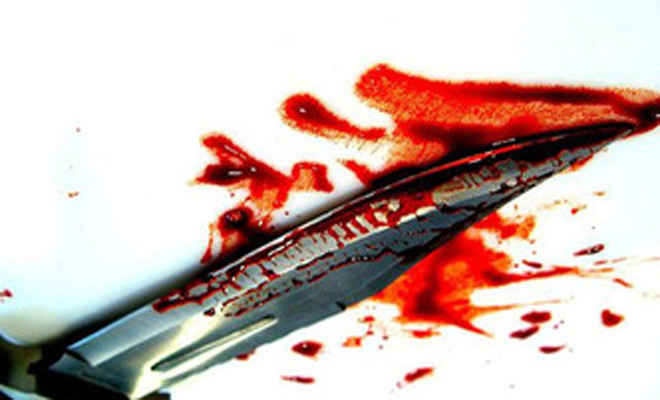 बिहार के कैमूर में पति ने पत्नी का गला काटा, खुद को चाकू से गोदा