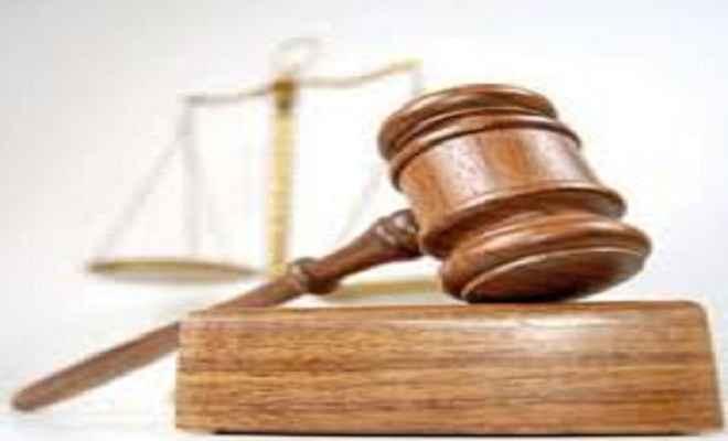 व्यवहार न्यायालय में राष्ट्रीय लोक अदालत आठ को