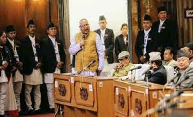 'नेपाली संसद में बहुमत सुनिश्चित होने पर ही पेश होगा संशोधन विधेयक'
