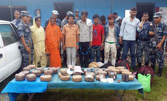 नेपाल पुलिस ने साढ़े चार करोड़ की चरस के साथ 7 को गिरफ्तार किया, चार भारतीय