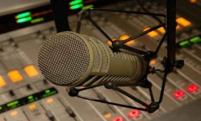 आरजे मलिश्का के समर्थन में लामबंद हुए रेडियो जाकी