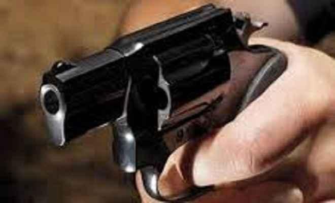युवक की गोली मारकर हत्या