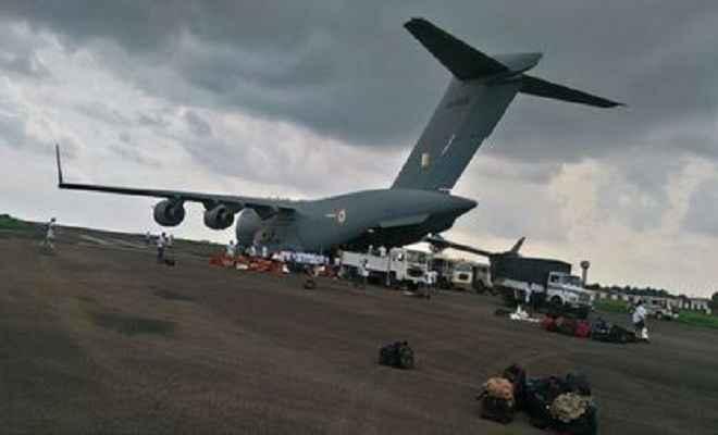 बिहार: बाढ़ राहत कार्य में सेना और एनडीआरएफ की ली जा रही मदद