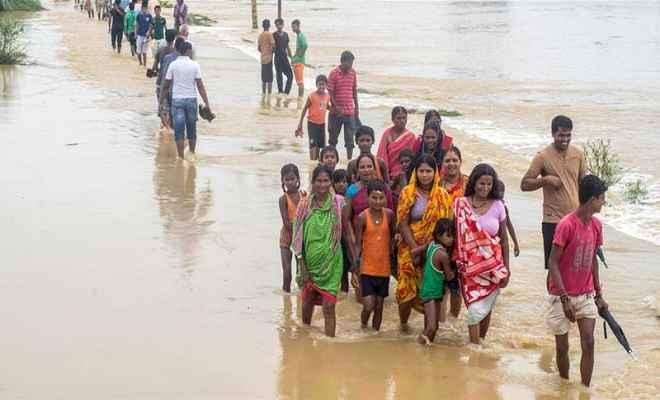 नेपाल में बाढ़ और भूस्खलन में 66 मरे, 700 पर्यटक फंसे