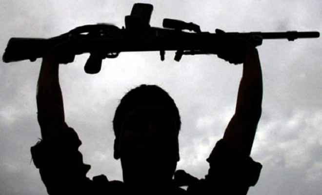 चार इनामी उग्रवादियों ने किया सरेंडर