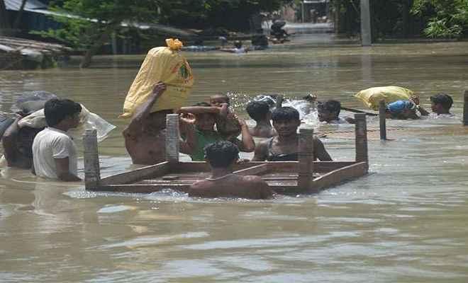 बाढ़ में 98 लोगों के डूबने की आशंका