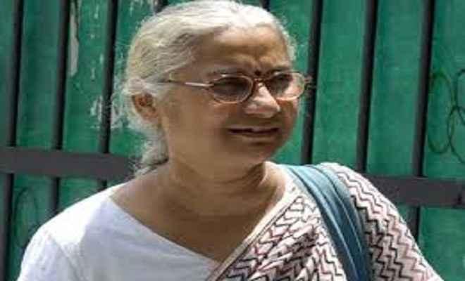 मेधा पाटकर के खिलाफ दिल्ली के साकेत कोर्ट ने प्रोडक्शन वारंट जारी किया