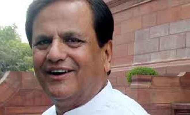 देश को एक नहीं, दो प्रधानमंत्री चला रहे हैं : अहमद पटेल