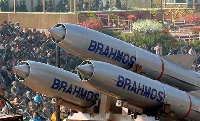 वियतनाम ने भारत से खरीदी ब्रह्मोस मिसाइल