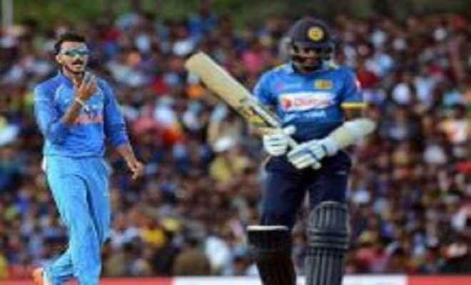 श्रीलंका ने भारत के सामने रखा 217 रनों का लक्ष्य