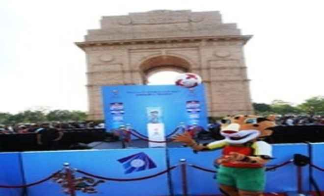 इंडिया गेट पर हुआ फीफा अंडर-17 विश्व कप का प्रदर्शन, लाखों लोग बने गवाह